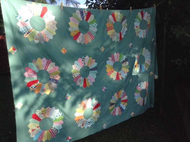 Dresden Plate Quilt / anabelula.wordpress.com