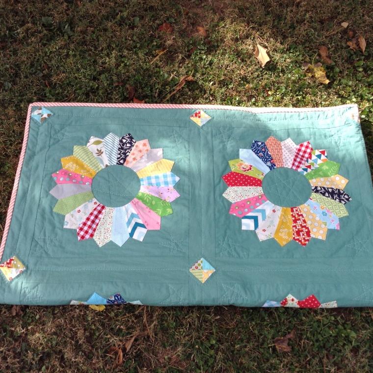 Dresden Plate Quilt/anabelula.wordpress.com