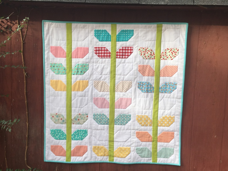 Morning Glory Miniquilt / anabelula.worpress.com