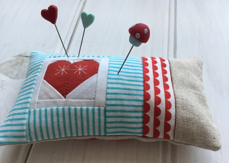 Heart Pincushion / anabelula.com